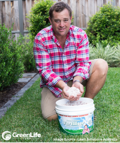 Jason Hodges with Sir Launcher Starter Fertiliser