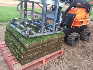 Green Life Turfs patented Bullseye Instant Grass turf farmed and delivered on pallets